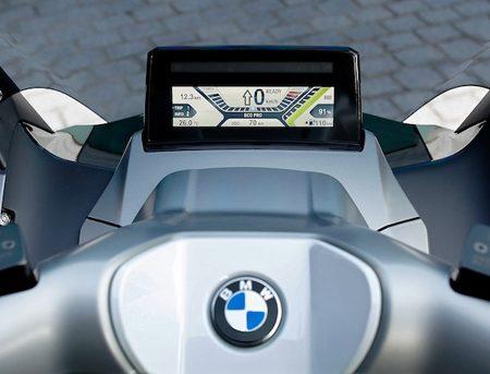 Essai et test performances du scooter électrique BMW C Evolution